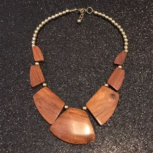 Wood/gold necklace